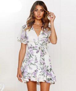 Weißes Kleid im Hippie Chic